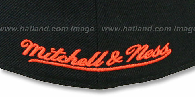 Flyers '2T XL-LOGO' Black-Orange Fitted Hat by Mitchell & Ness