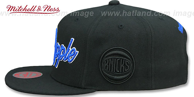 Knicks 'CITY NICKNAME SCRIPT SNAPBACK' Black Hat by Mitchell and Ness
