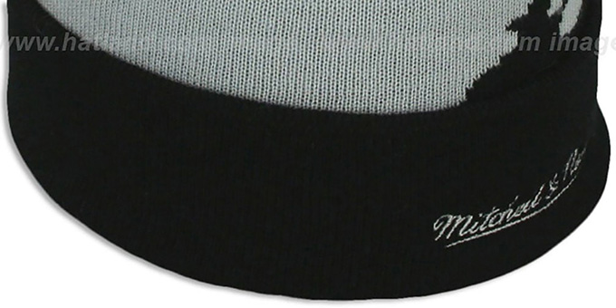 Nets 'PAINTBRUSH BEANIE' by Mitchell and Ness
