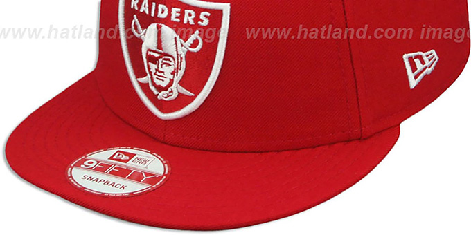 Raiders 'TEAM-BASIC SNAPBACK' Red-White Hat by New Era