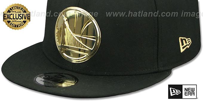 buy popular ce2bb ea7bc ... Warriors  GOLD METAL-BADGE SNAPBACK  Black Hat by New Era