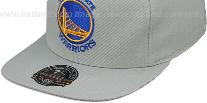 Warriors 'TEAM-BASIC' Grey Fitted Hat by Mitchell and Ness