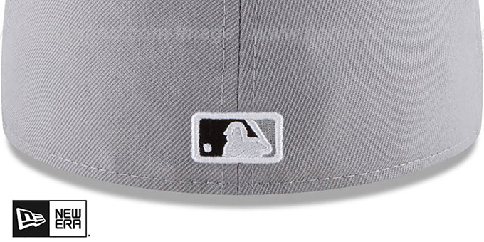 hot sale online dd2ac 9658a ... White Sox  GOLD FRAMED METAL-BADGE  Grey Fitted Hat by New Era
