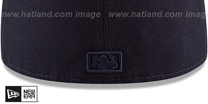 Yankees 'IRIDESCENT HOLOGRAM' Navy Fitted Hat by New Era