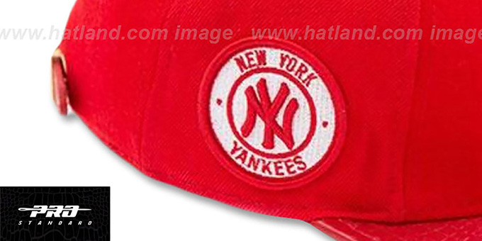 Yankees 'TEAM-BASIC STRAPBACK' Red-White Hat by Pro Standard