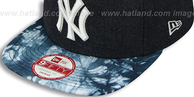 Yankees 'ZONE-VIZE SNAPBACK' Navy Hat by New Era